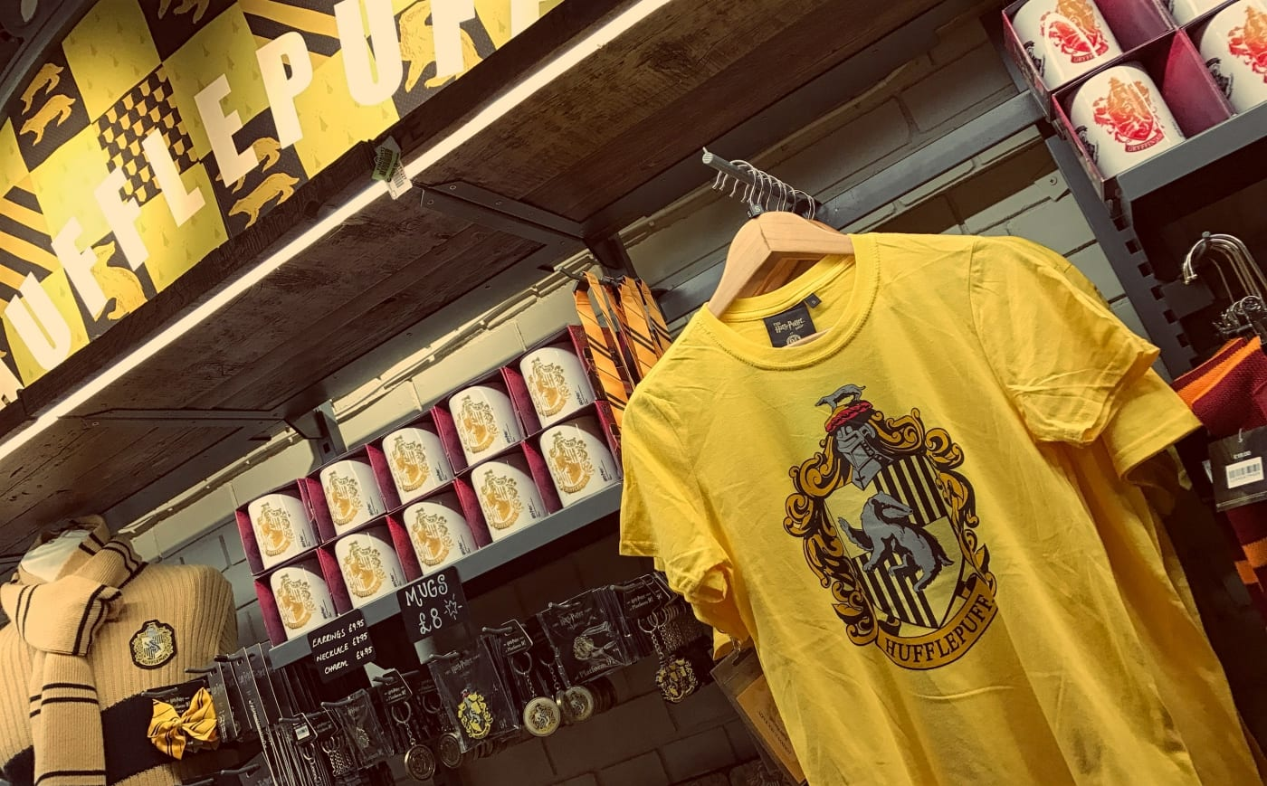harry-potter-store-london-hufflepuff