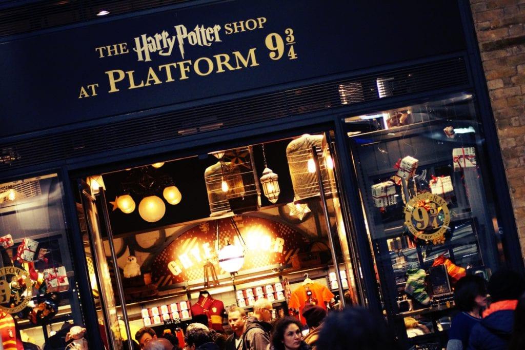 harry-potter-store-london-kingscross-1