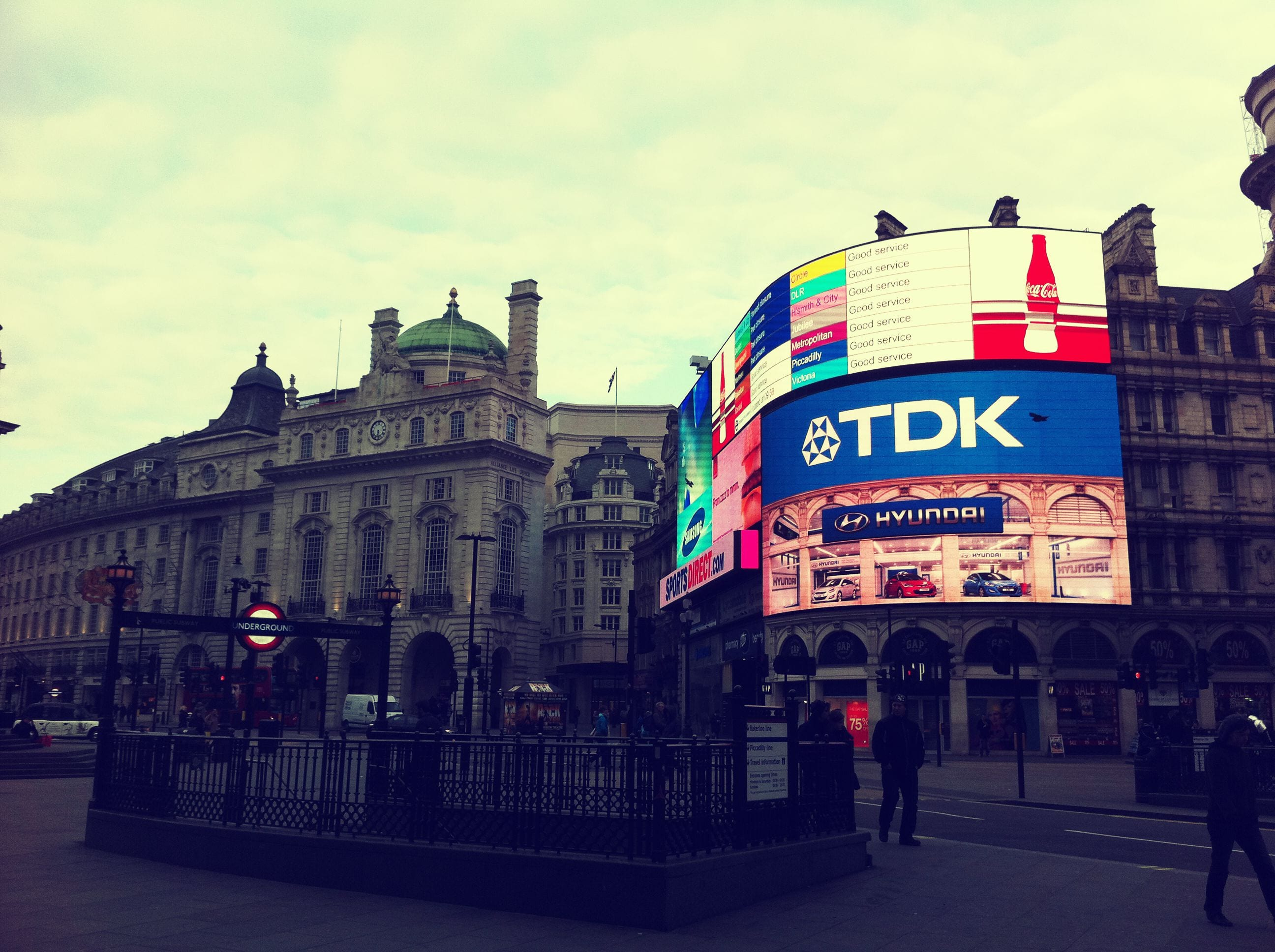 Piccadilly Circus Morning