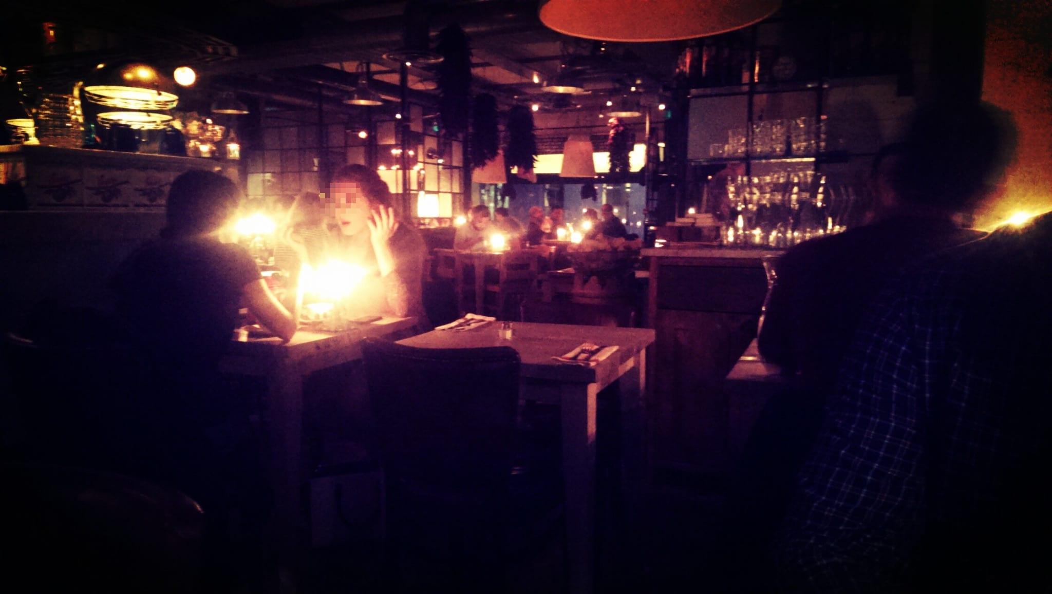 Bills London Candle Light Dinner