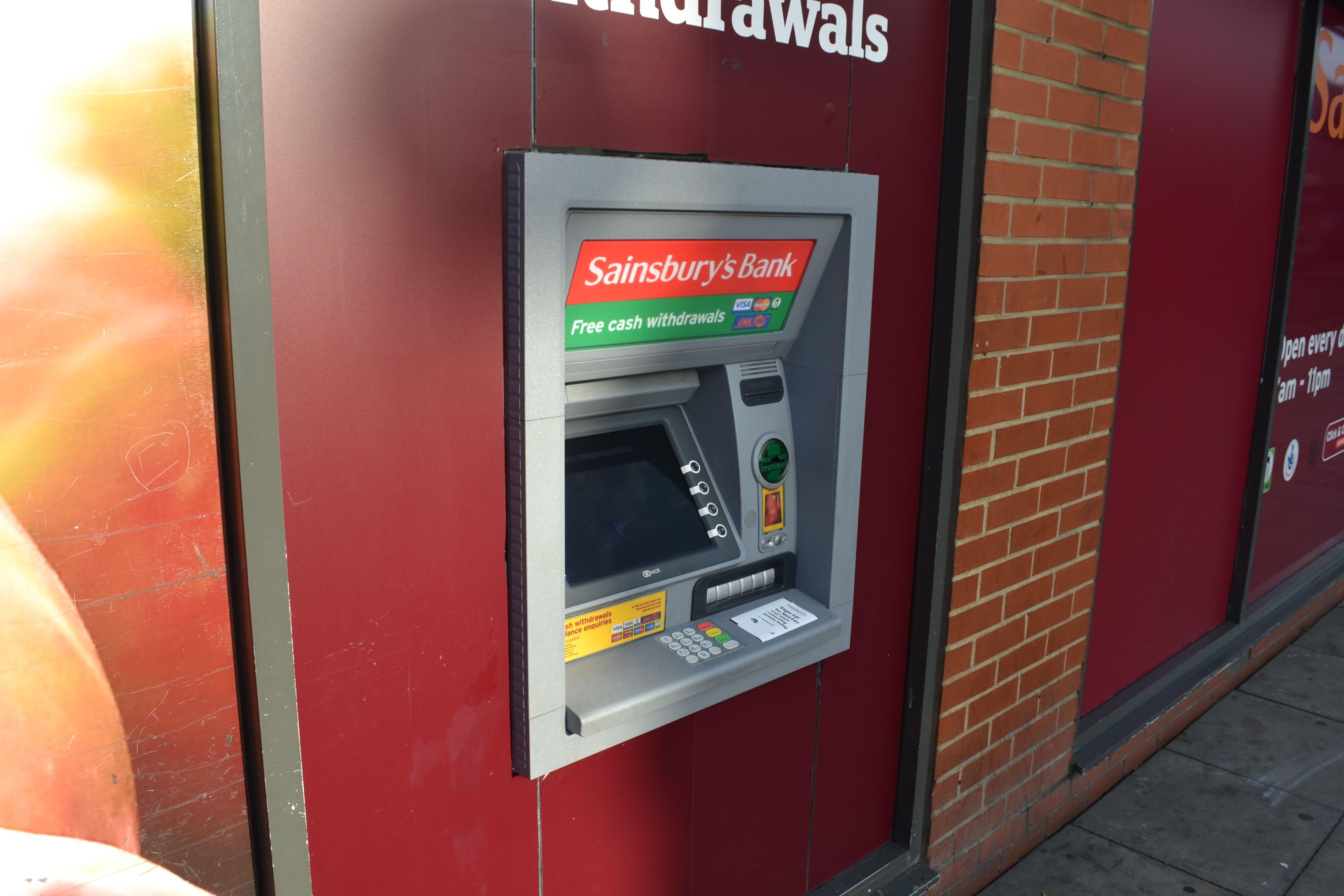 Am Geldautomaten ist der Tausch günstig und schnell erledigt