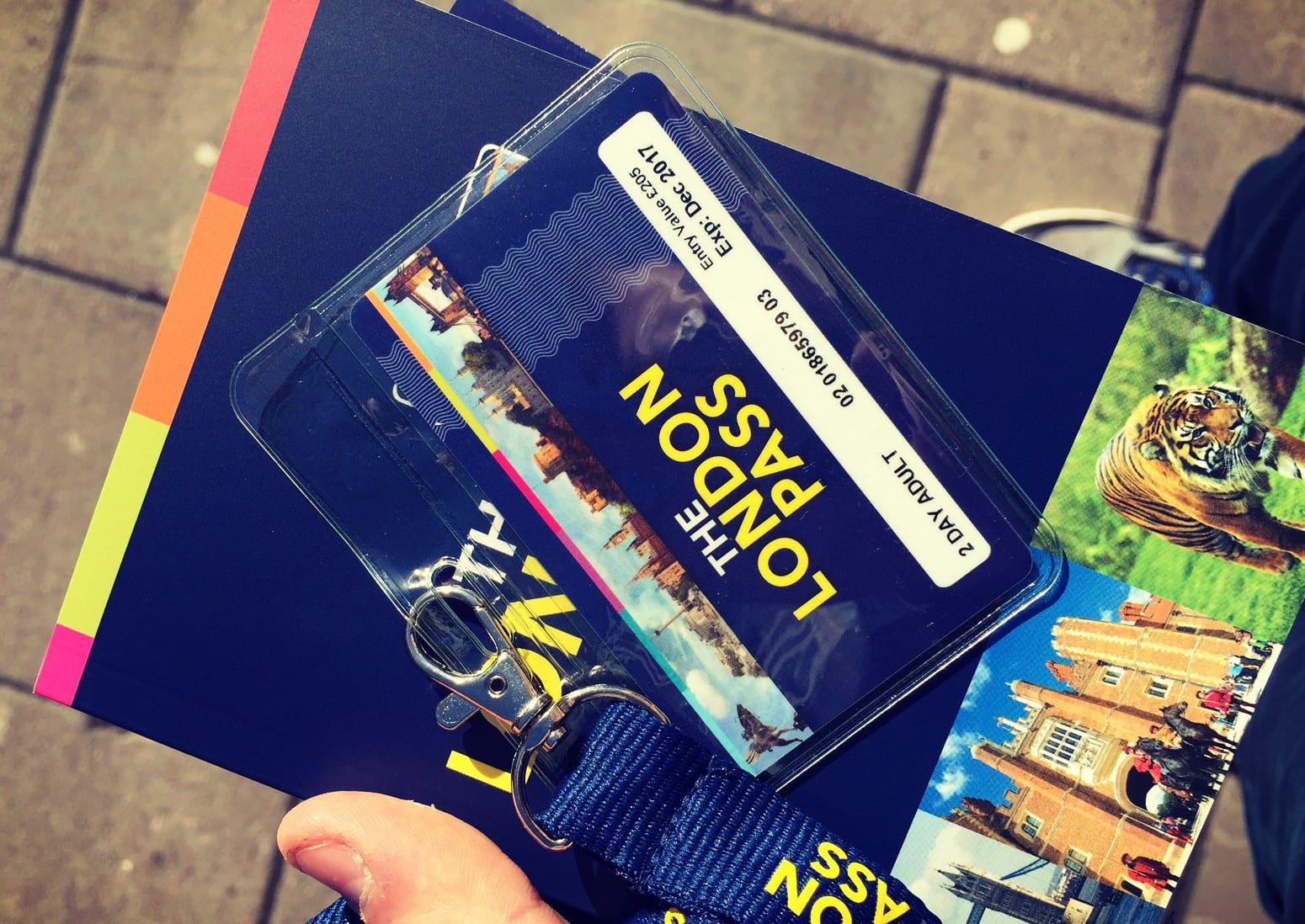 Der London Pass bietet Dir viele Preisvorteile beim Besuch zahlreicher Attraktionen.