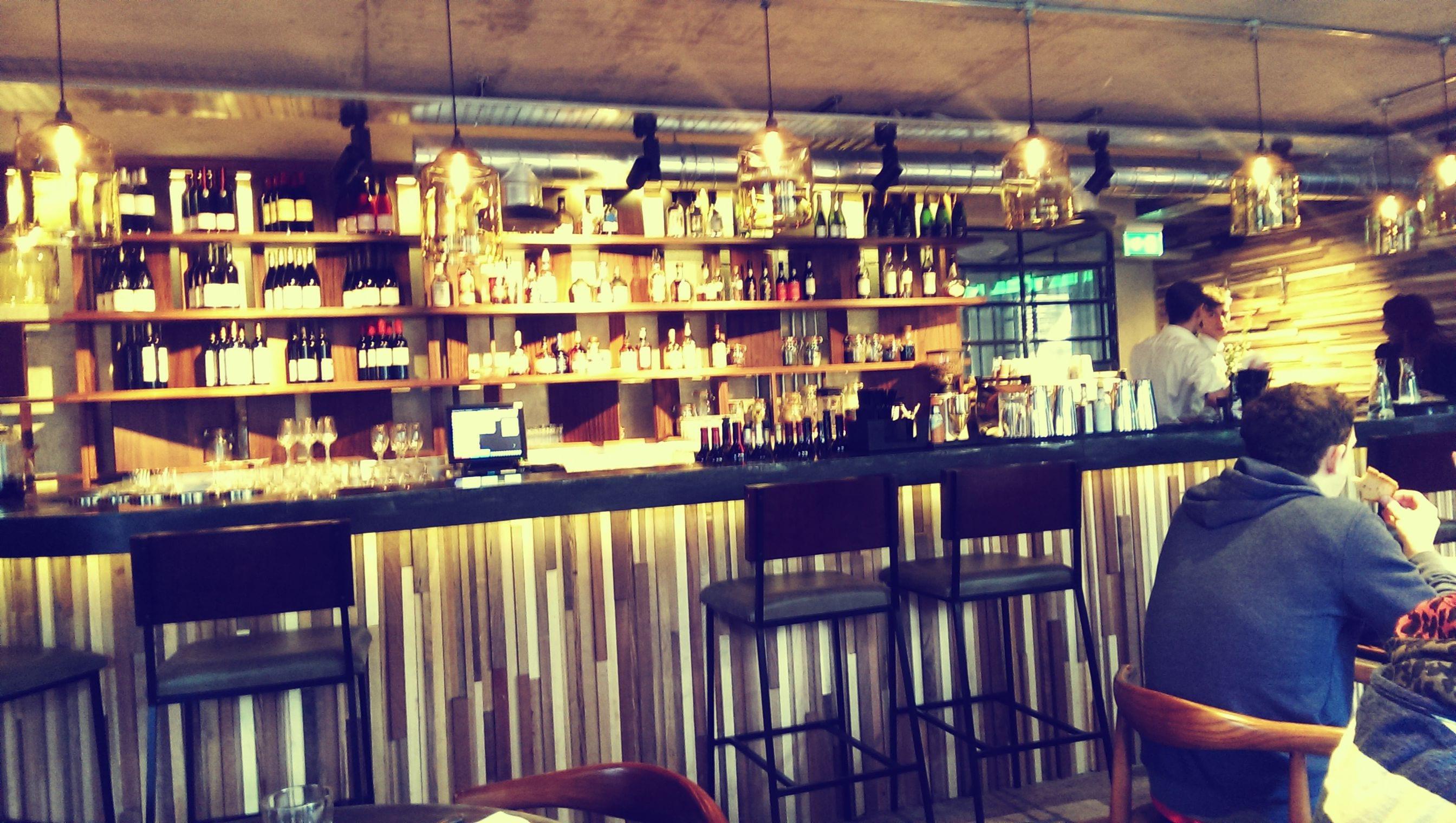 Die Bar des Rabot 1745