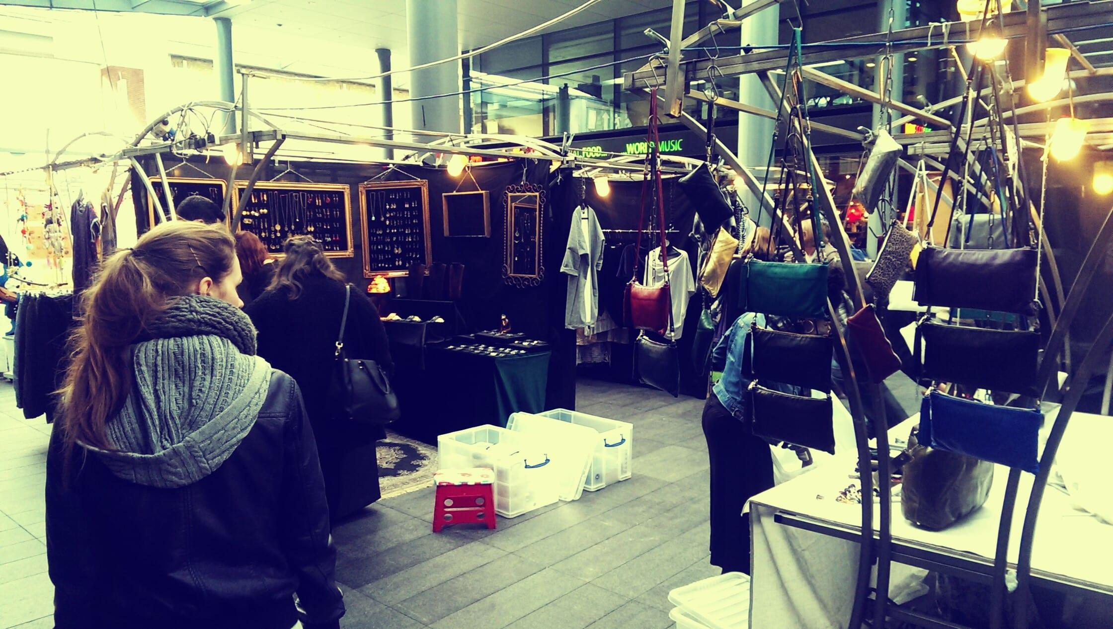 Neben Klamotten bietet der Old Spitalfields Market auch vieles mehr