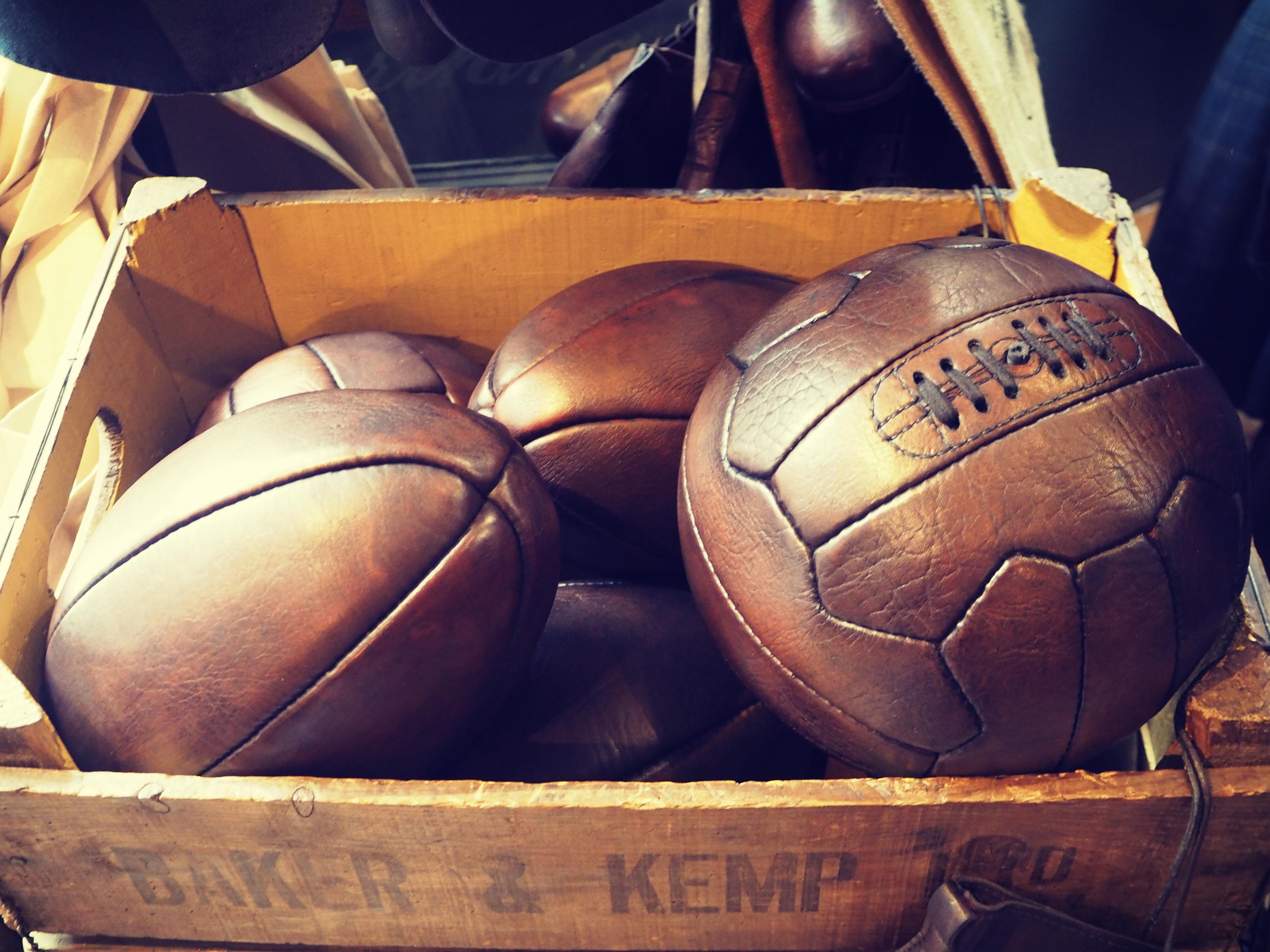 thomas-farthing-balls
