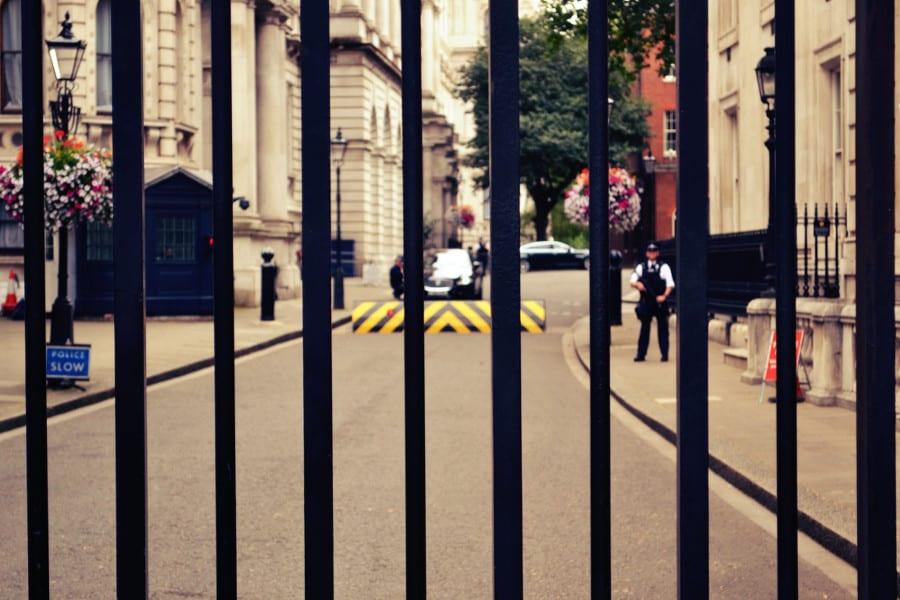 downing-street-polizei