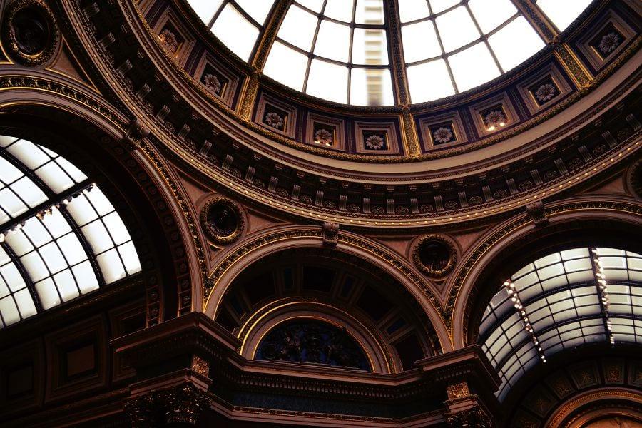 Nicht nur die Werke selbst, sondern auch die Architektur des Gebäudes ist ein Hingucker!