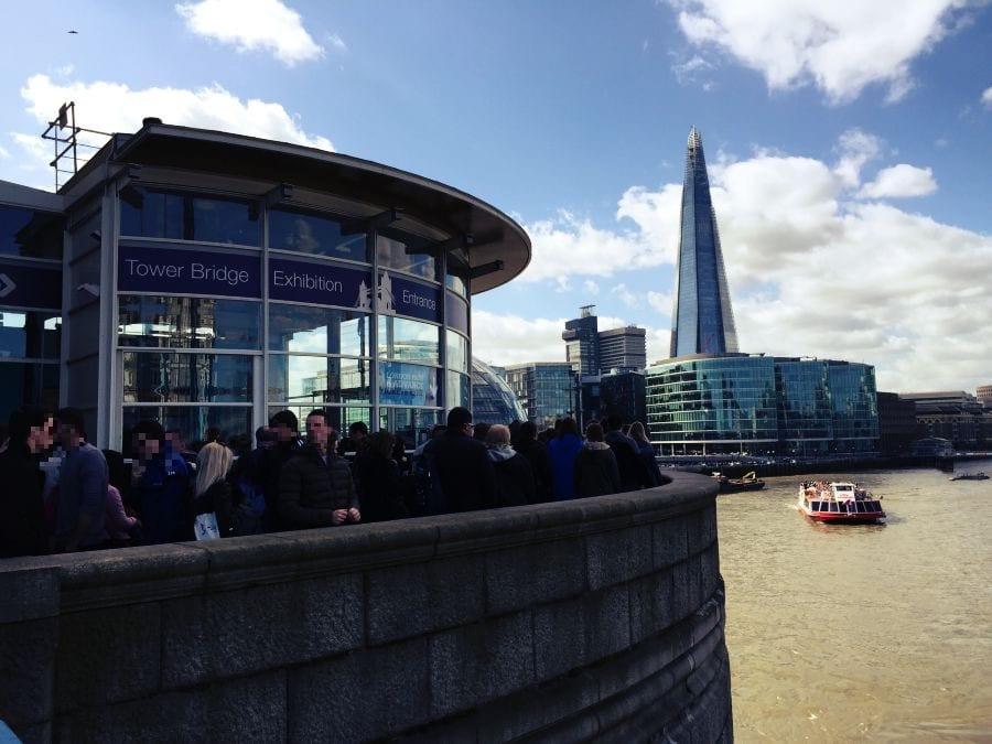 Der Eingang der Tower Bridge Exhibition