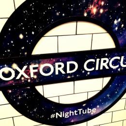 london-nachts-underground-fahren