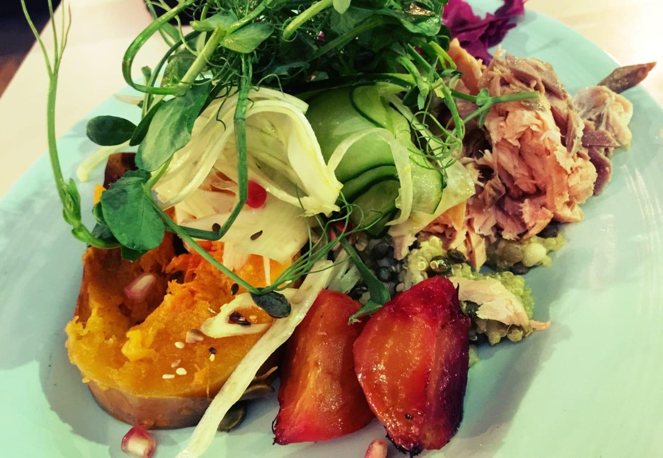 Mein leckerer Salat mit Lachs