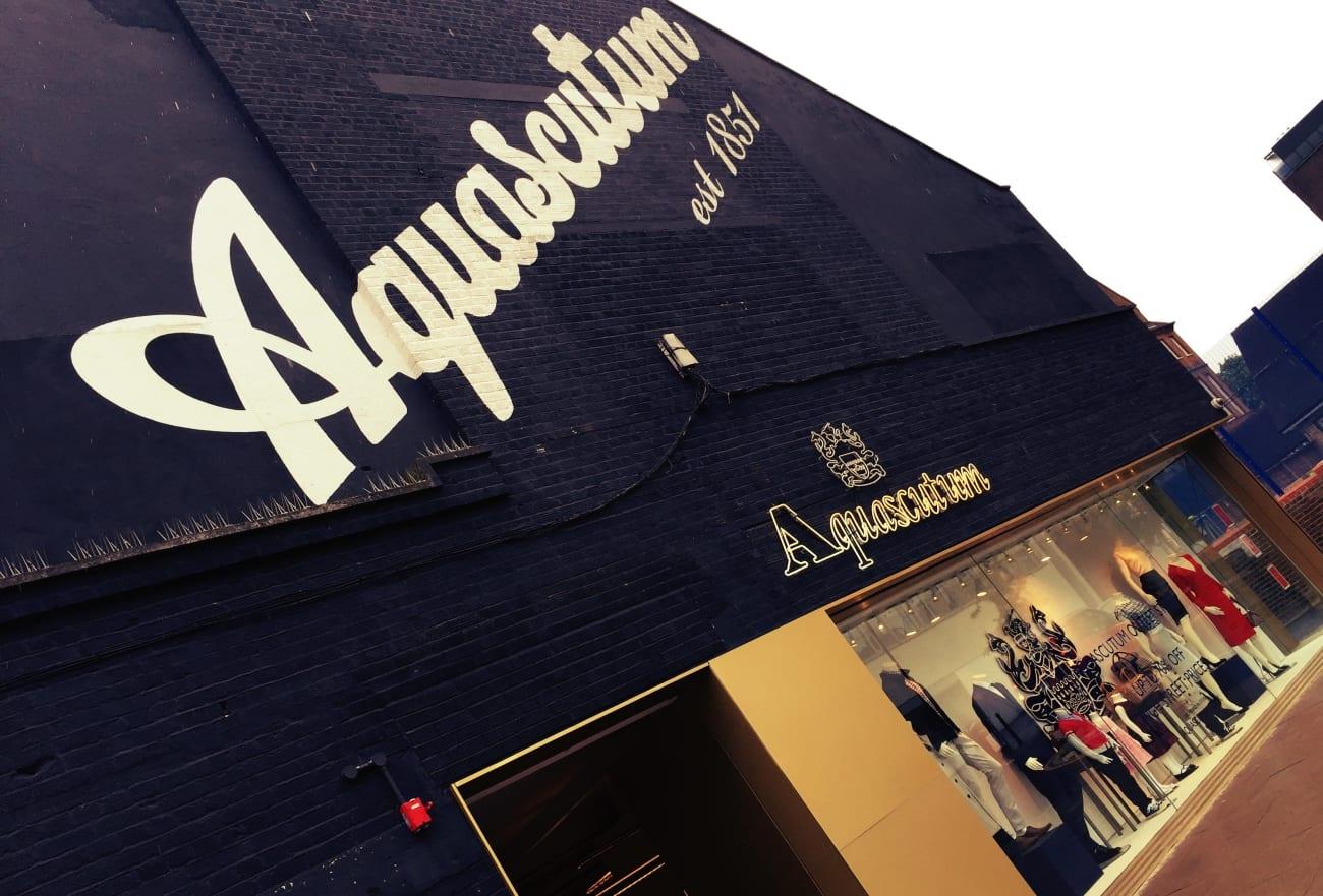 Der Aquascutum Outlet Store im Hackney Walk