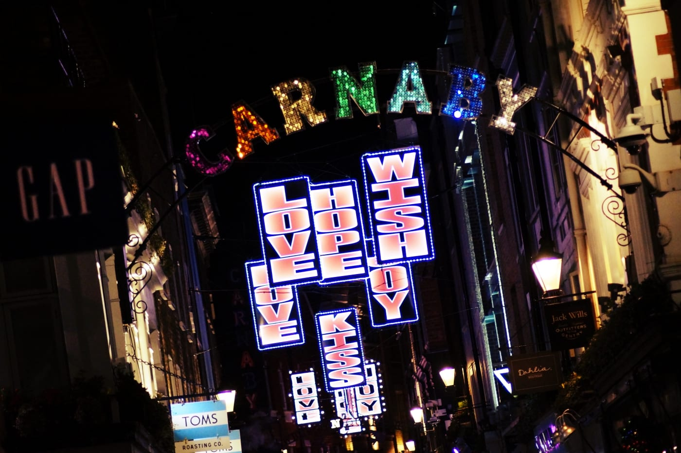 weihnachtslichter-london-10-carnaby