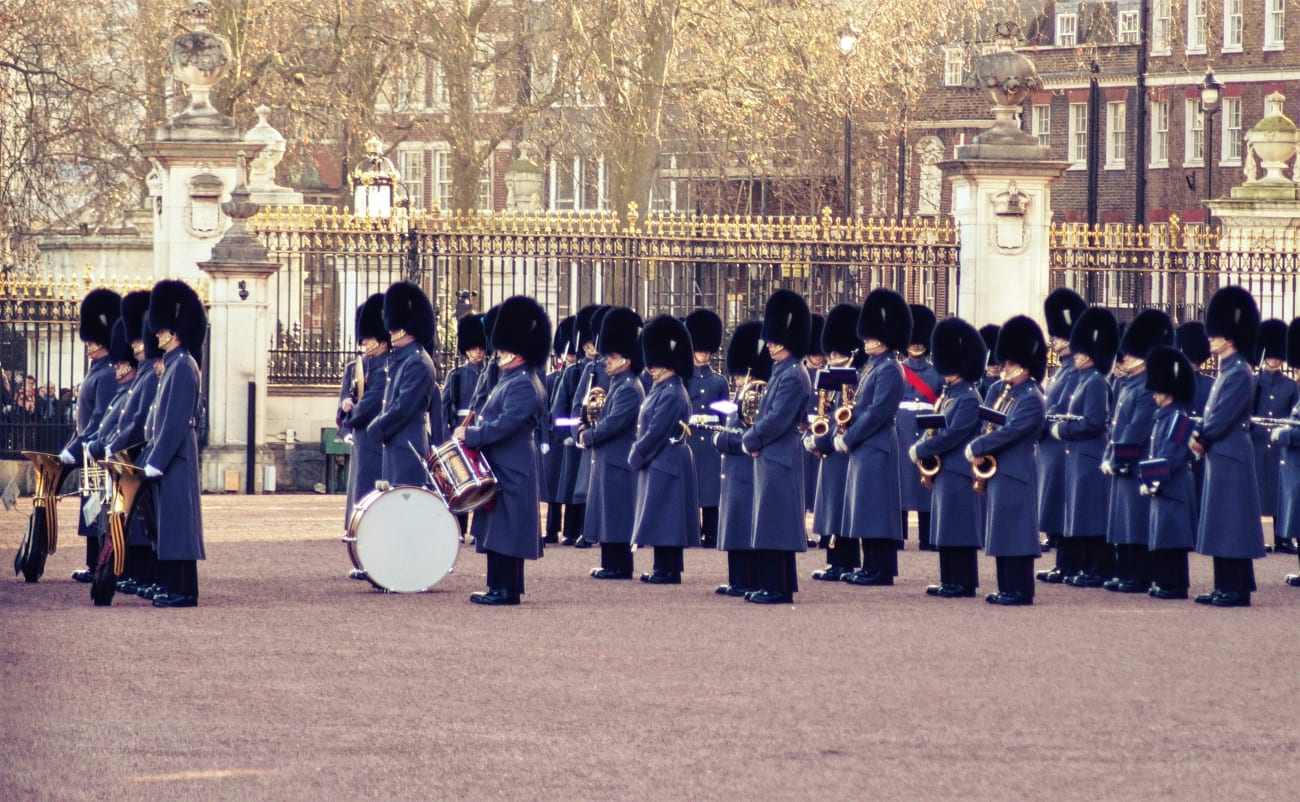 changing-the-guard-wachabloesung-london-6