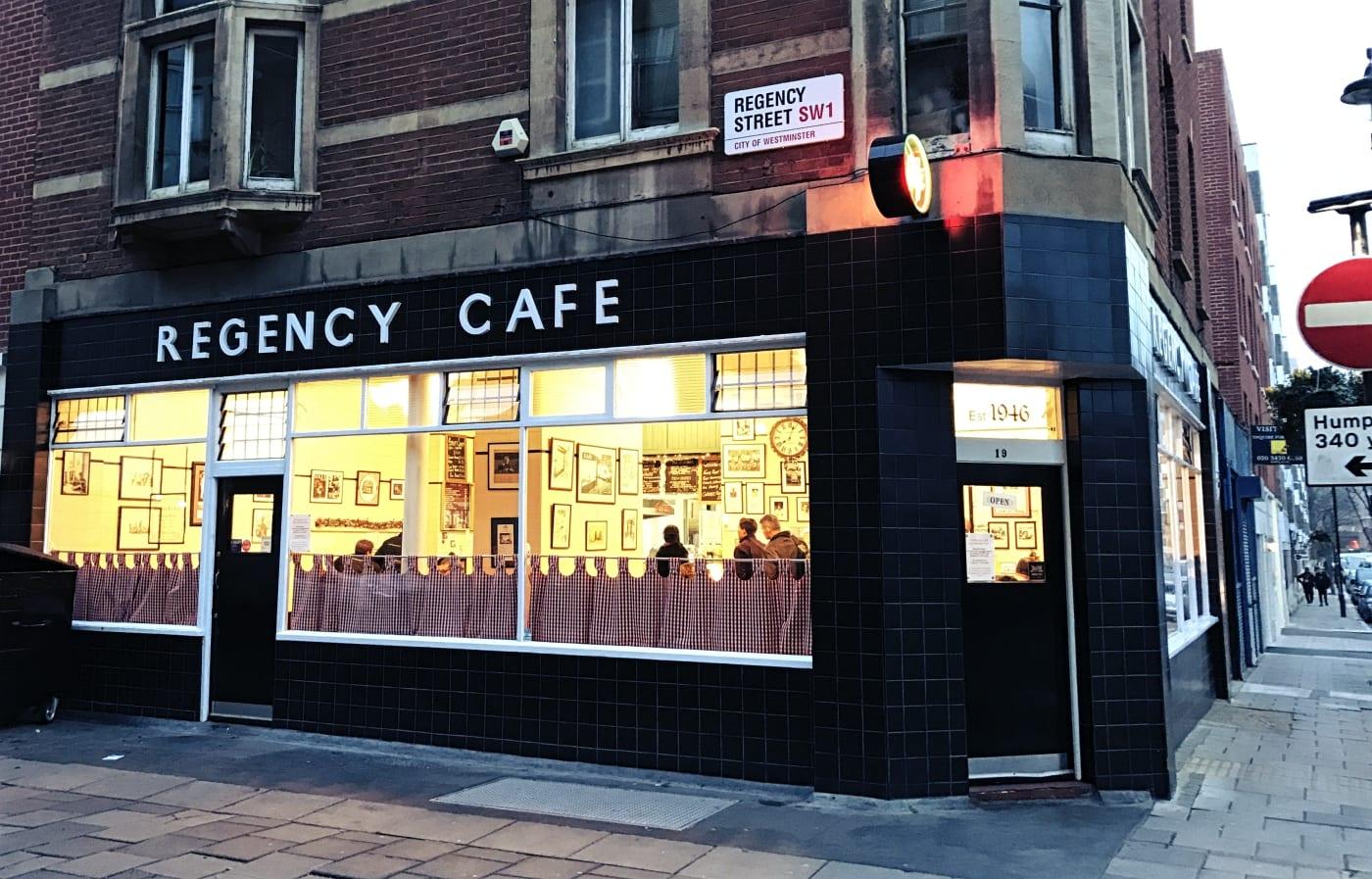regency-cafe-london-3
