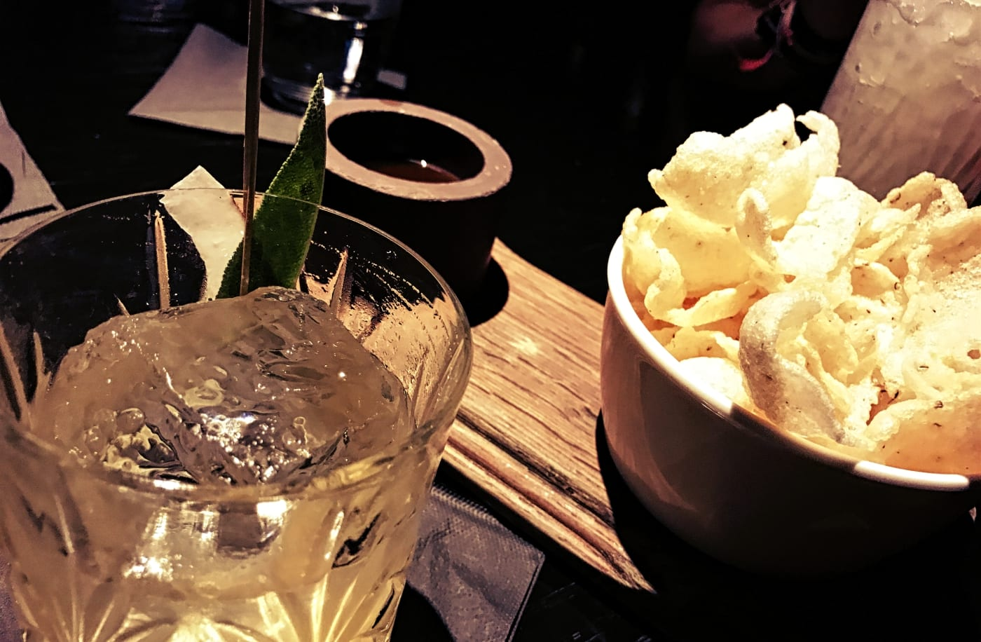 city-social-bar-london-drinks-snacks