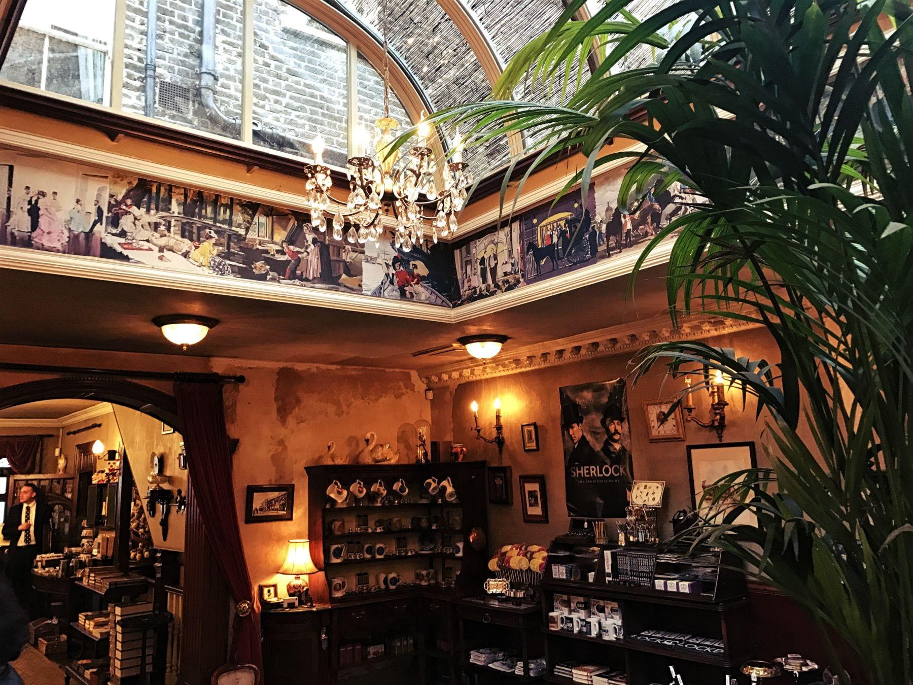 sherlock-holmes-museum-london-shop