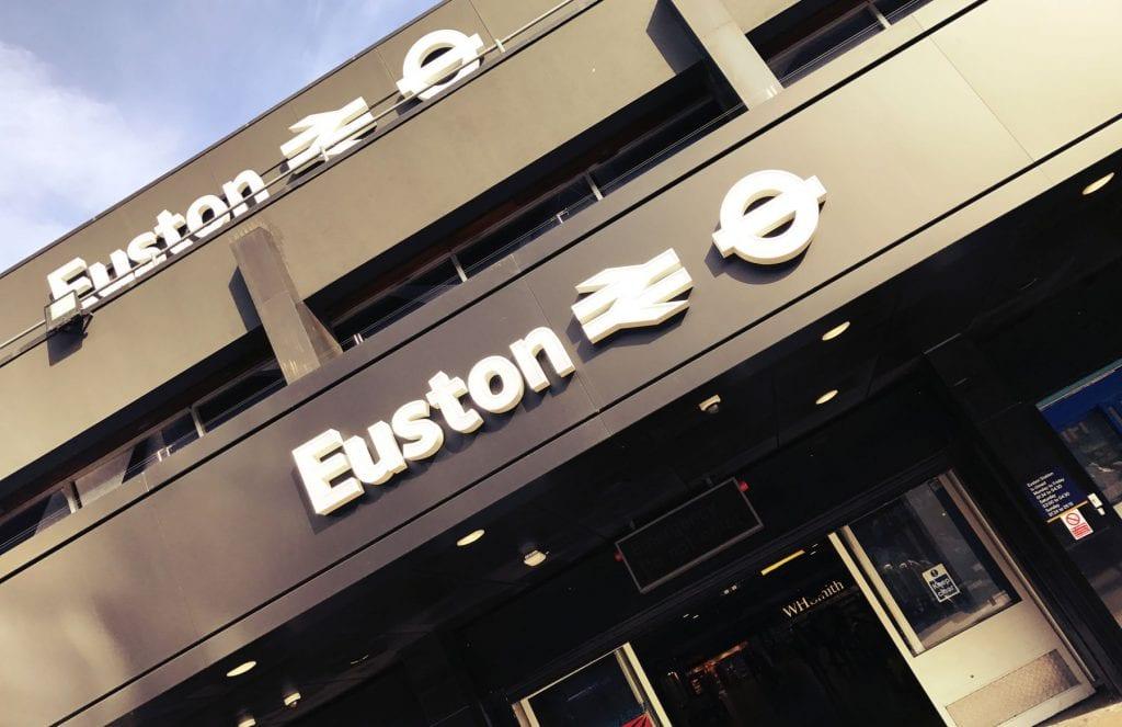 Von Euston aus fahren die Züge nach Watford Junction