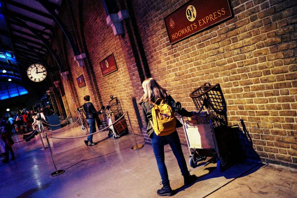 Das Gleis 9 3/4 der Harry Potter Studio Tour