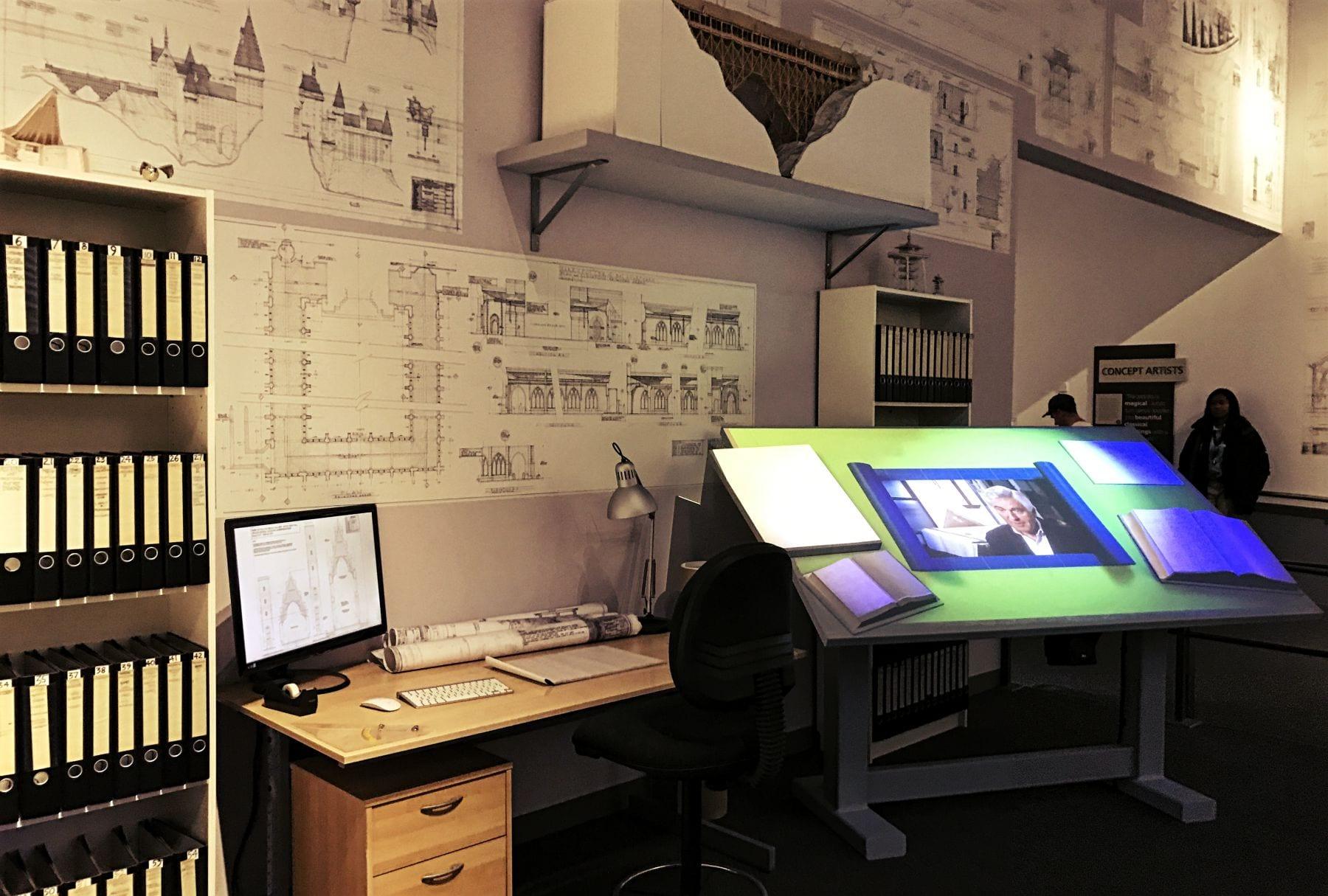 Ein Arbeitsplatz in den Studios des ehemaligen Teams