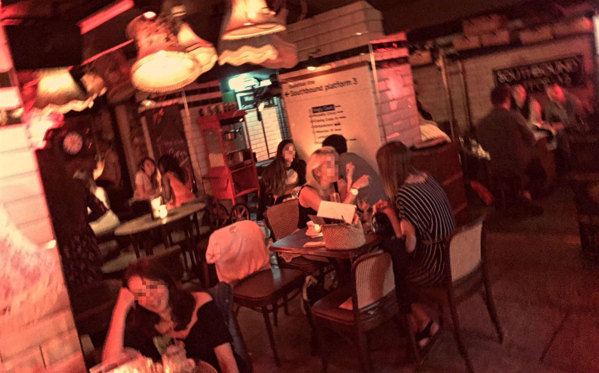 Cahoots – die Underground Bar der 40er-Jahre - Londonblogger.de