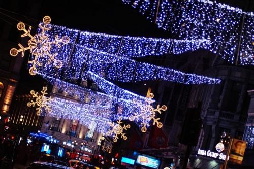 weihnachtslichter-london-12-leicester-square